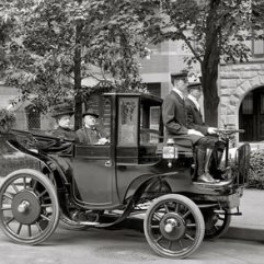 8d4fb-krieger-brasier_1903-1906_gas-electric_car