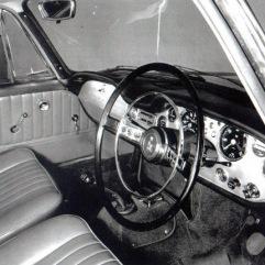 18917-1963-touring-sunbeam-venezia-interior-01
